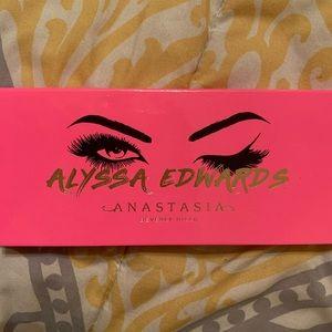 Alyssa Edwards Palette